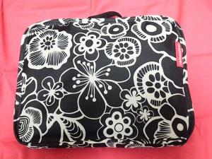 「折り畳み式キャリーバッグ」で買い出しもラクラク便利!